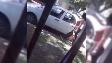 Photo of Una mujer destrozó el auto de su expareja con un martillo